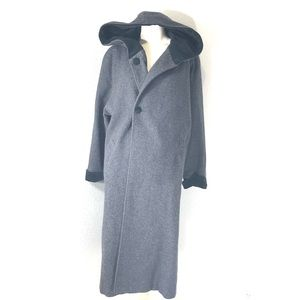 Bromley Collection 100% Wool Gray & Black Coat 10P
